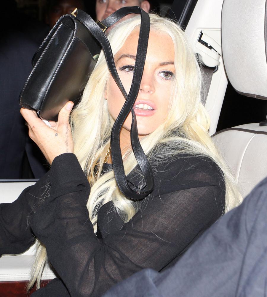 Lindsay-Lohan-Hermes-Constance-Bag