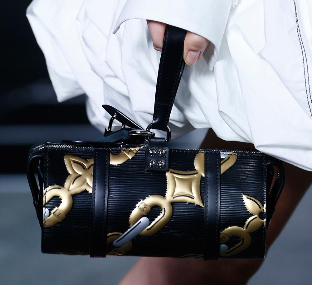 Louis-Vuitton-Spring-2016-Bags-22