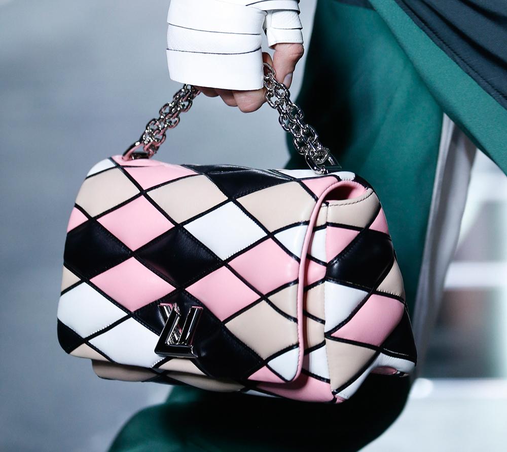 Louis-Vuitton-Spring-2016-Bags-25