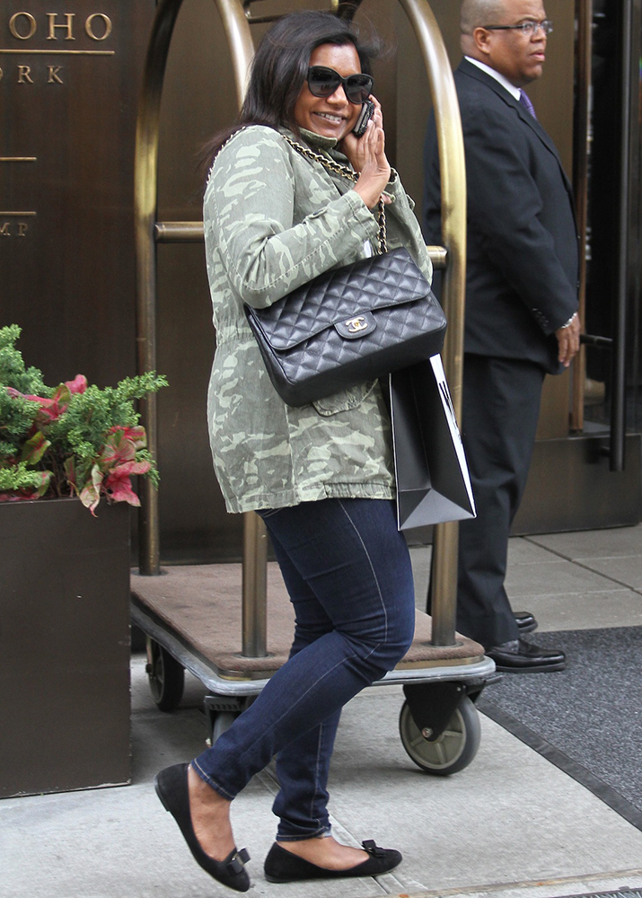 Mindy-Kaling-Chanel-Classic-Flap-Bag-5