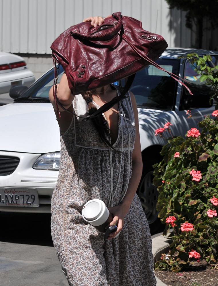 Nicole-Richie-Balenciaga-Work-Bag