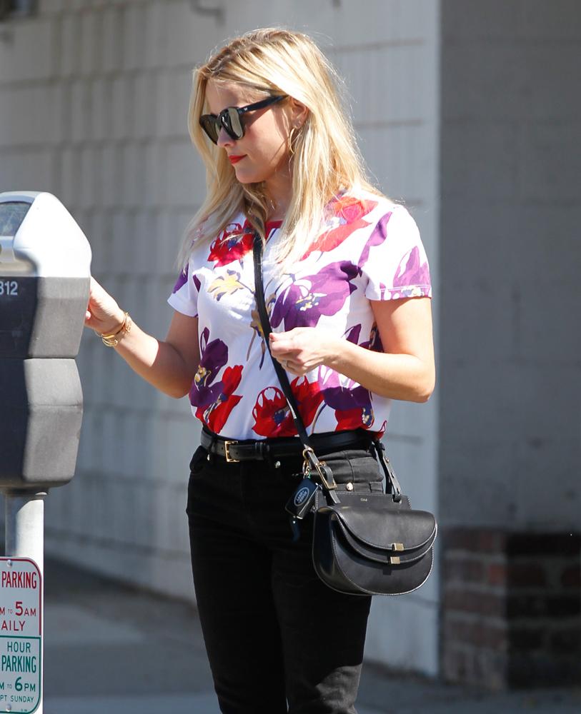 Reese-Witherspoon-Chloe-Georgia-Shoulder-Bag