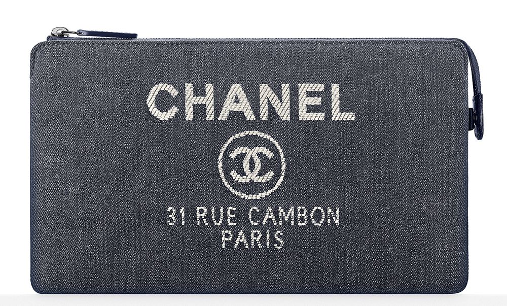 Chanel-Denim-Pouch-925