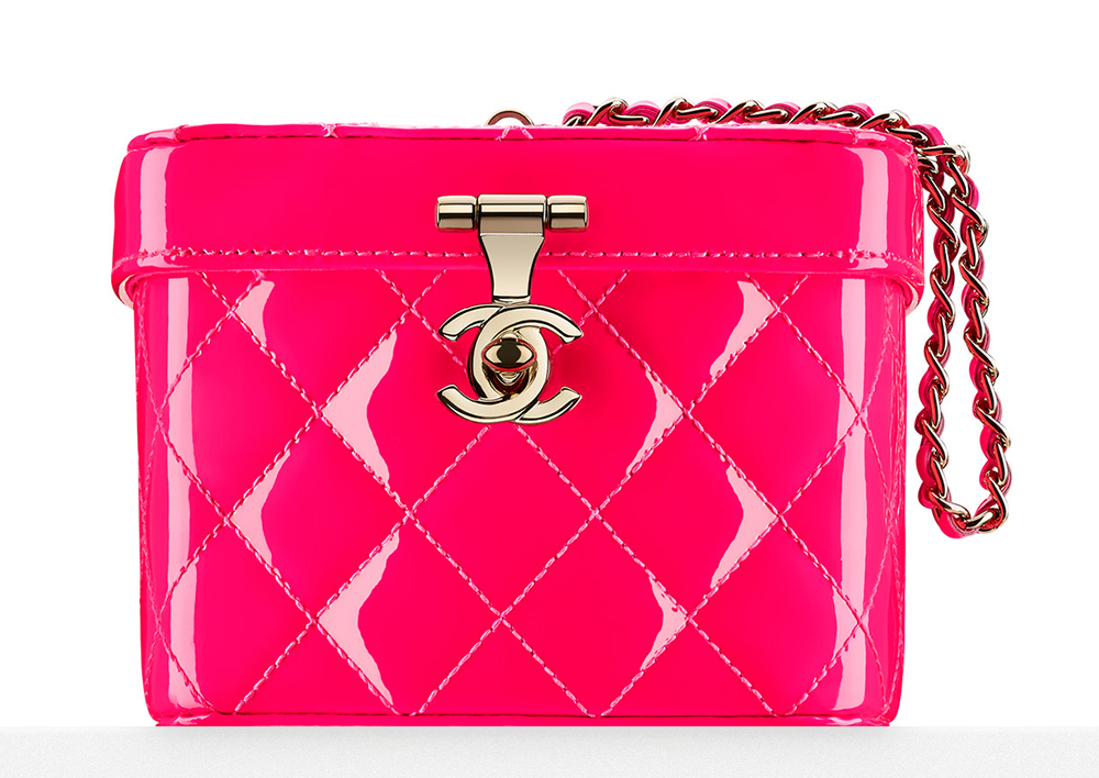 Chanel-Patent-Makeup-Case-Minaudiere-3000
