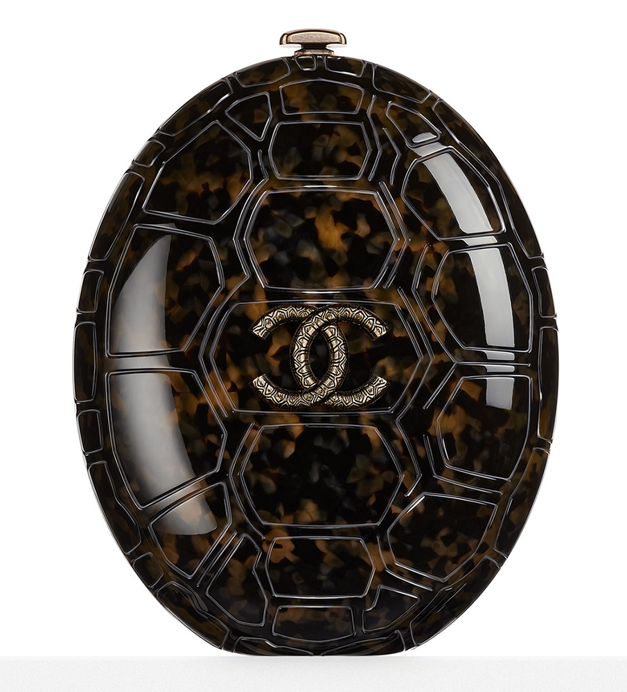 Chanel-Plexiglass-Turtle-Shell-Minaudiere