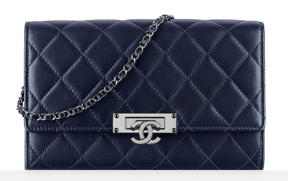 Chanel-Wallet-with-Chain-Navy-2100