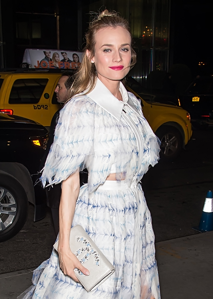 Diane-Kruger-Chanel-Flap-Clutch