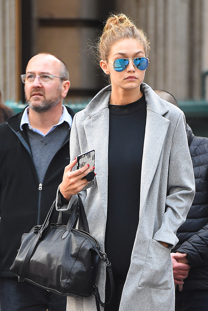 Gigi-Hadid-Elizabeth-and-James-Scott-Duffel