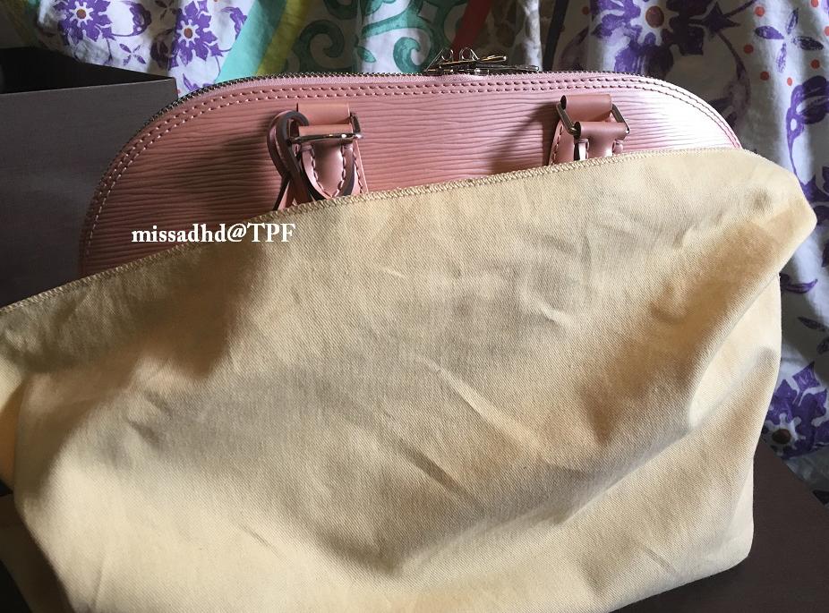 Louis-Vuitton-Epi-Alma-Bag