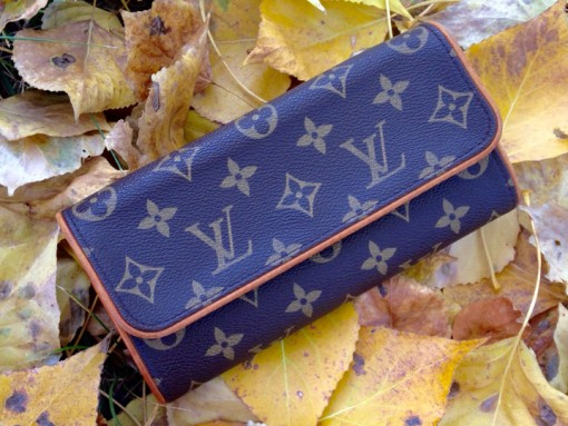 Louis-Vuitton-Monogram-Wallet