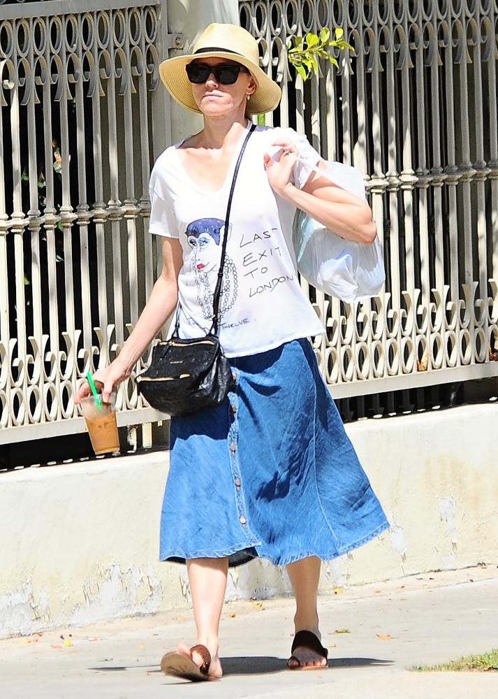 99bb709e9d Naomi-Watts-Givenchy-Mini-Pandora-Bag-3 - PurseBlog