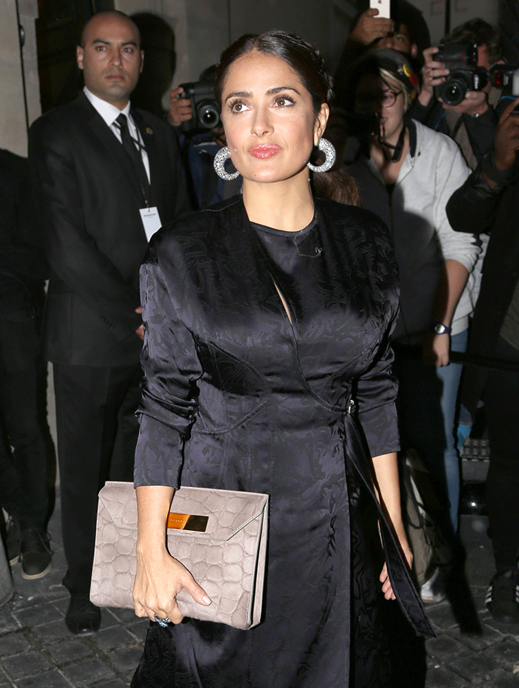f1191105d6 The Many Bags of Salma Hayek - PurseBlog