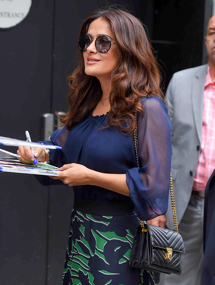 Salma-Hayek-Saint-Laurent-High-School-Small-Shoulder-Bag