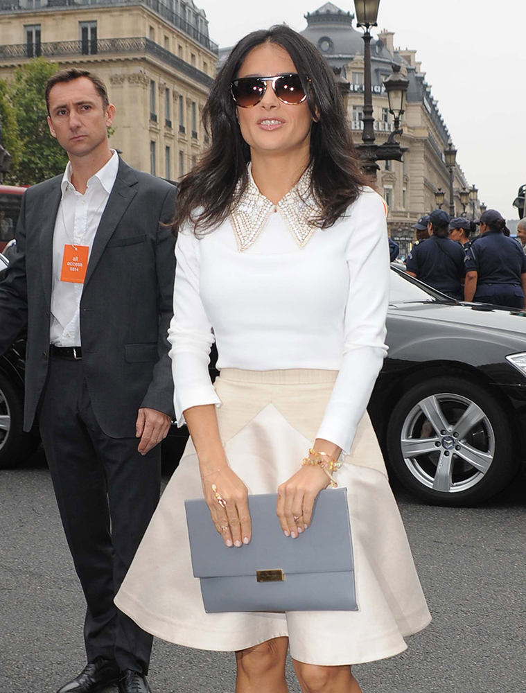 Salma-Hayek-Stella-McCartney-Beckett-Clutch