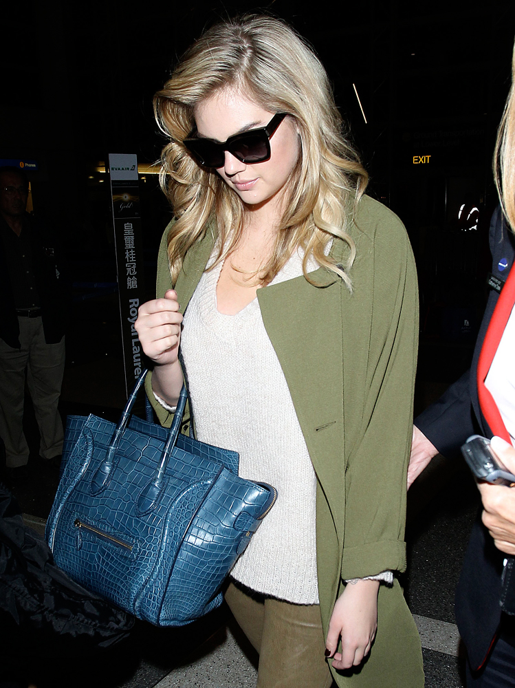 Kate-Upton-Celine-Crocodile-Luggage-Tote