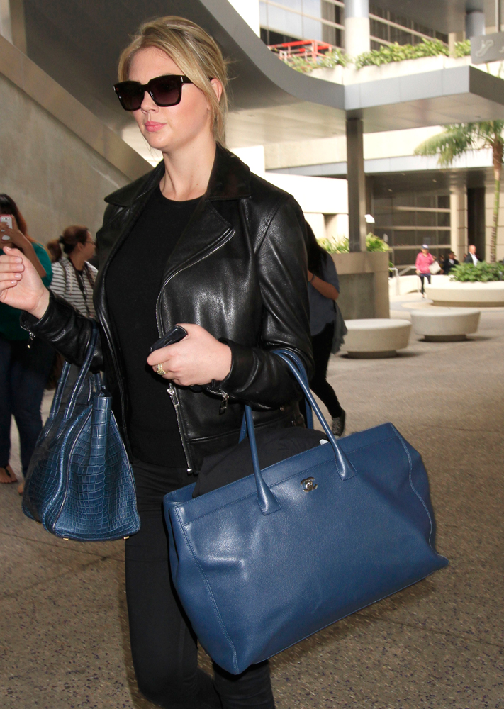 Kate-Upton-Chanel-Cerf-Tote