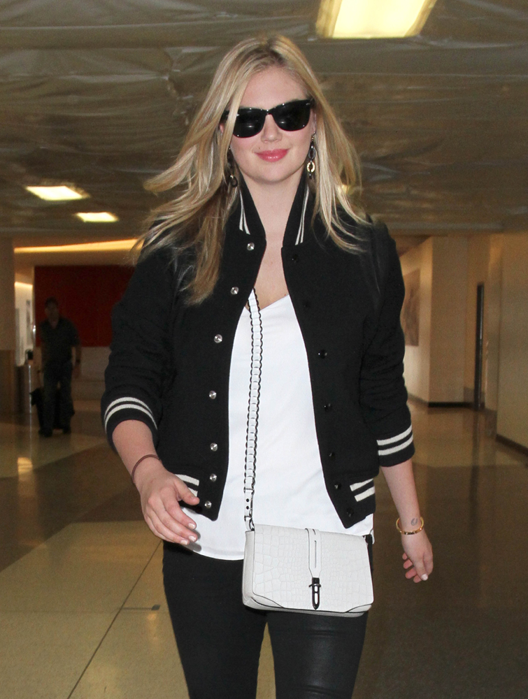 Kate-Upton-Rag-and-Bone-Enfield-Mini-Bag