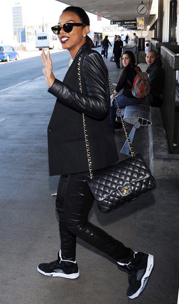 Kelly-Rowland-Chanel-Bags-13