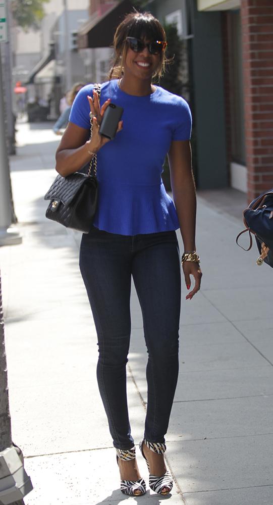 Kelly-Rowland-Chanel-Bags-15