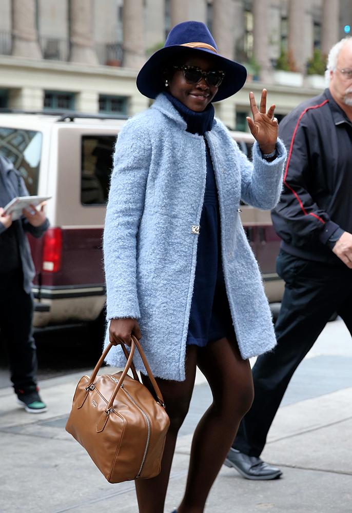 The 12 Best Celebrity Bag Moments of 2015 - PurseBlog 2bddbff7d81ae