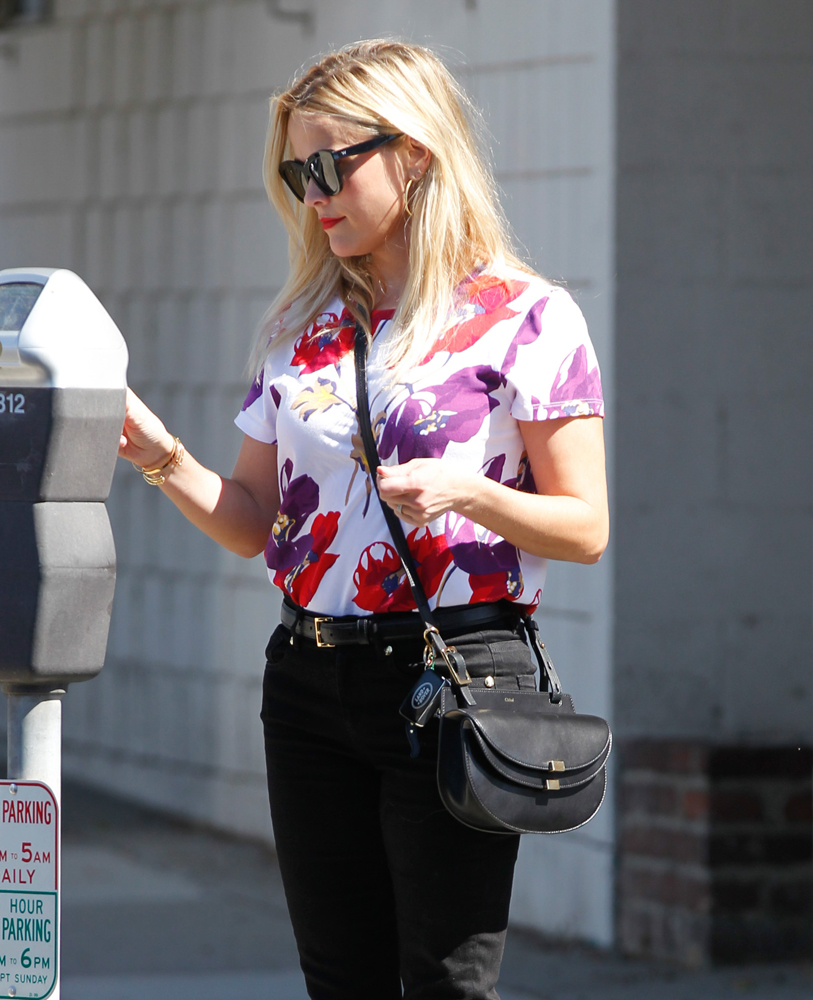 Reese-Witherspoon-Chloe-Georgia-Shoulder-Bag