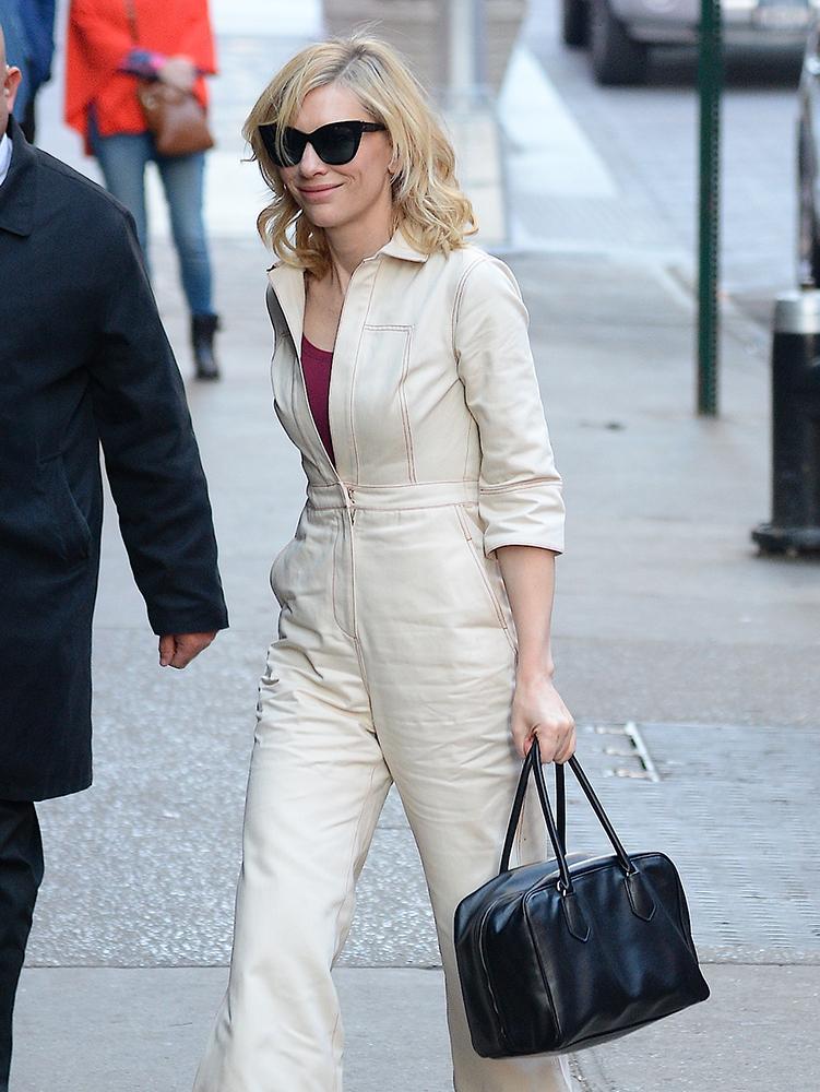 Cate-Blanchett-Prada-Inside-Bag