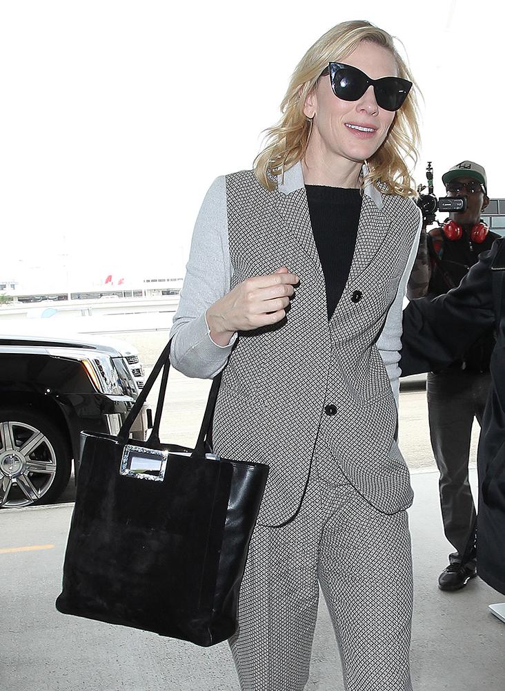 Cate-Blanchett-Roger-Vivier-Shopping-Tote