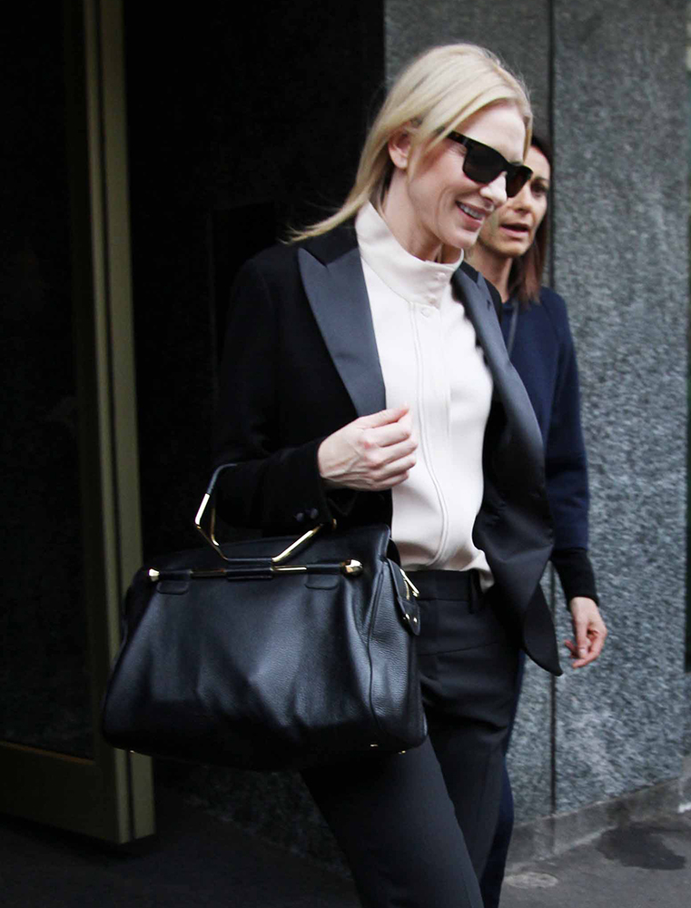 Cate-Blanchett-Viktor-and-Rolf-Bombette-Bag