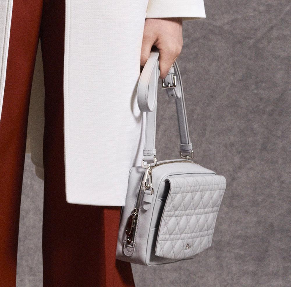 Christian-Dior-Pre-Fall-2016-Bags-11