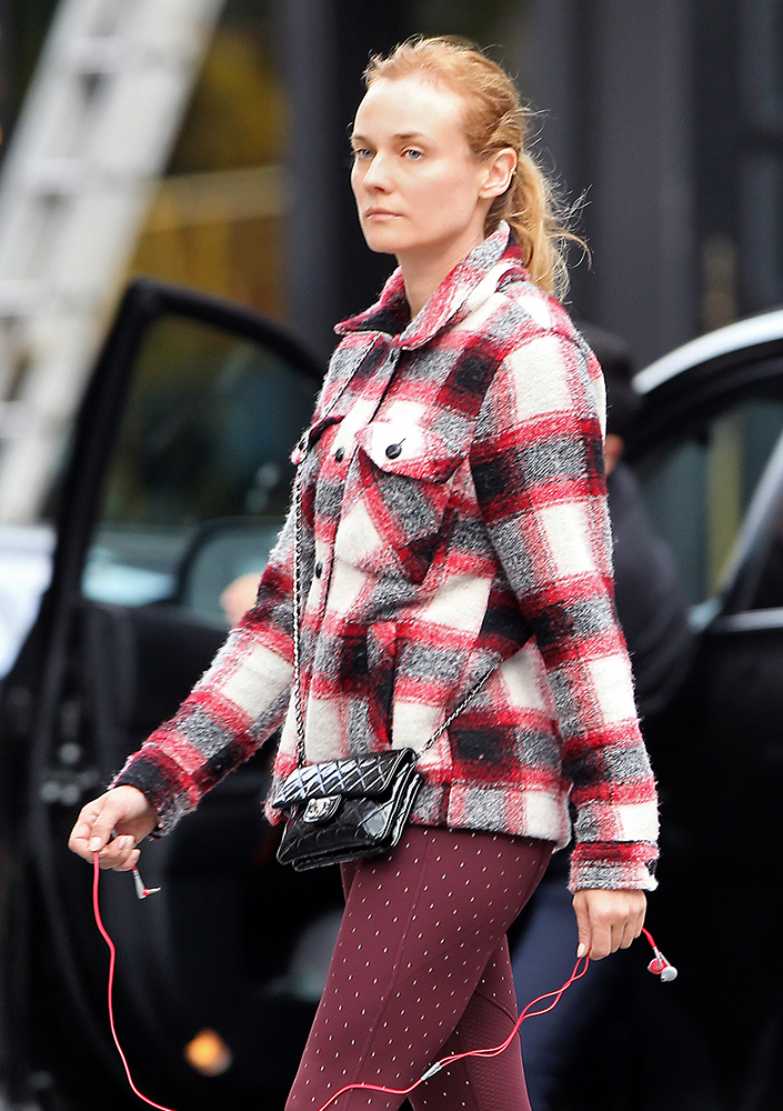 Diane-Kruger-Chanel-Mini-Flap-bag