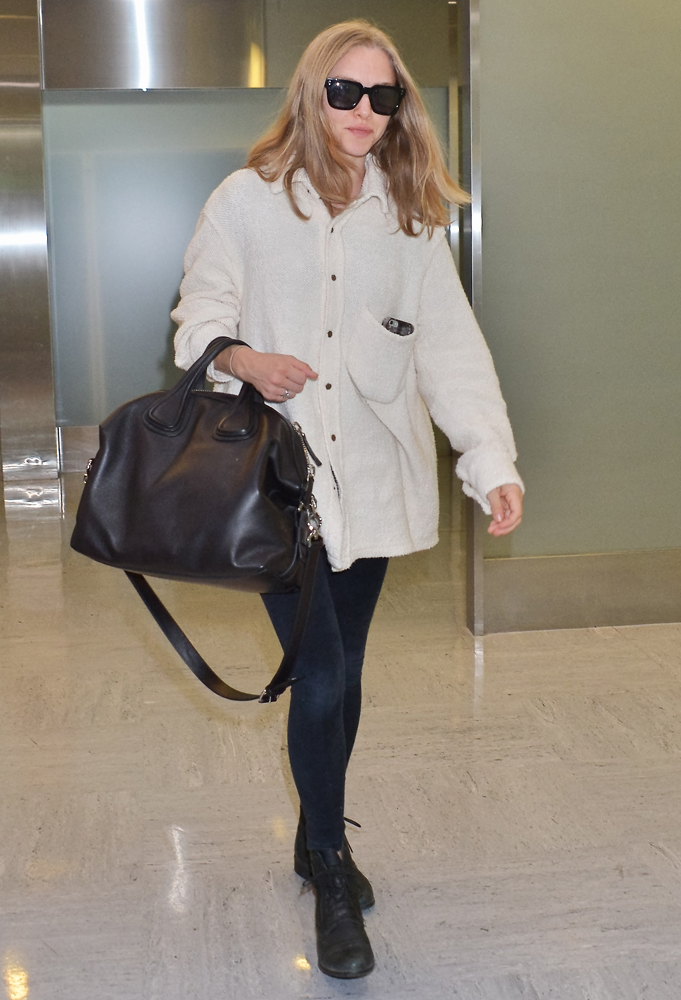 Amanda Seyfried And De Givenchy Nightingale Bag