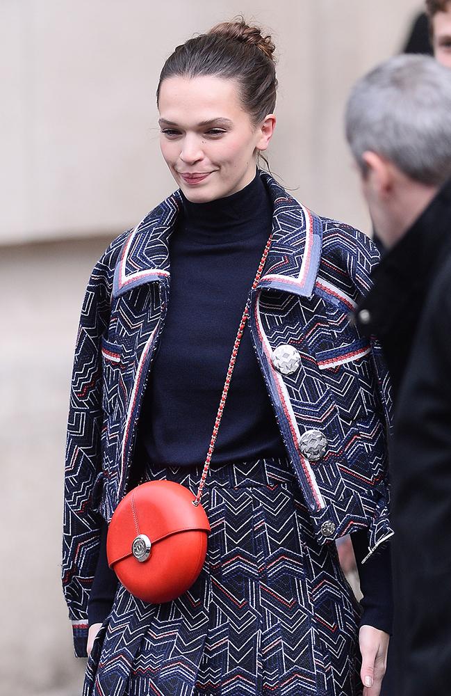 Anna-Brewster-Chanel-Circle-Bag