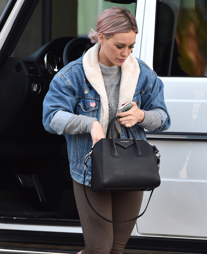 Hilary-Duff-Givenchy-Antigona-Bag