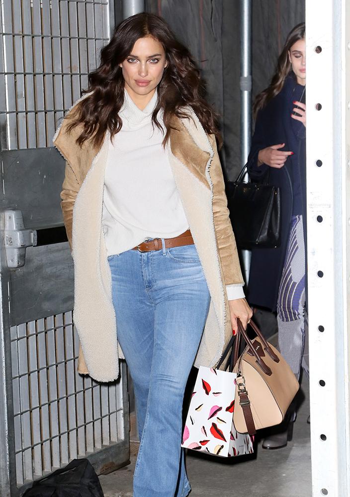 Irina-Shayk-Givenchy-Antigona-Bag