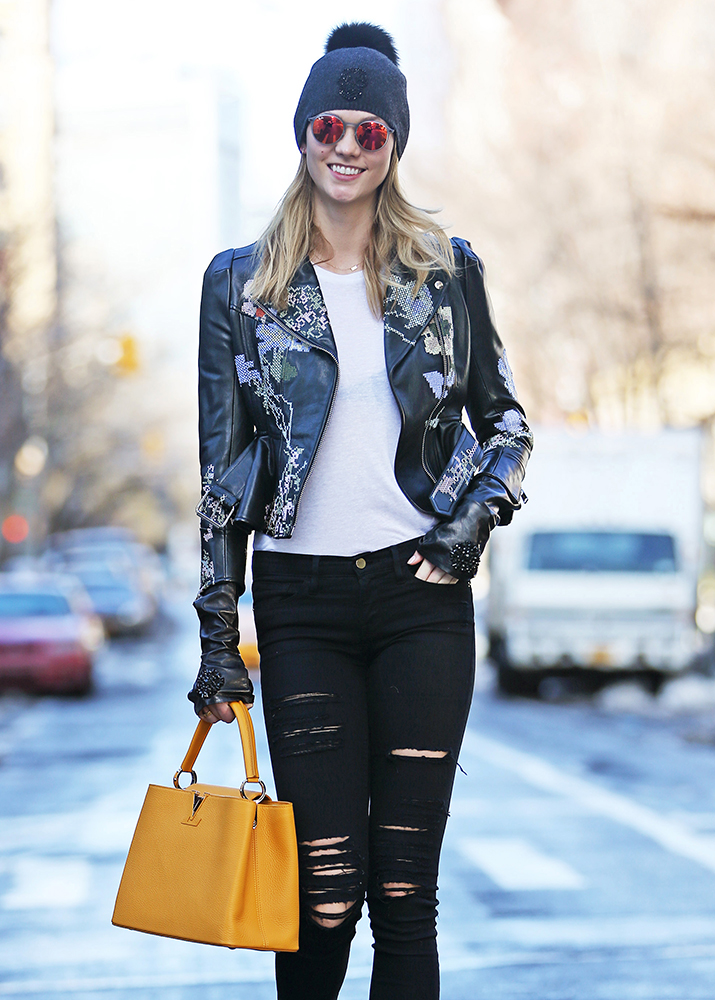 Karlie-Kloss-Louis-Vuitton-Capucines-Bag