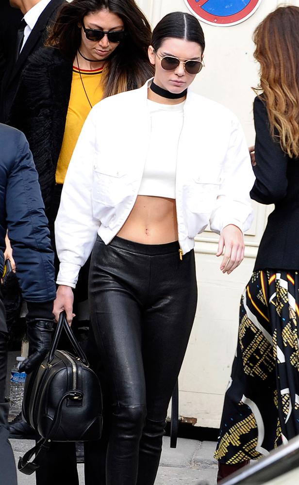 Kendall-Jenner-Givenchy-Lucrezia-Bag-2