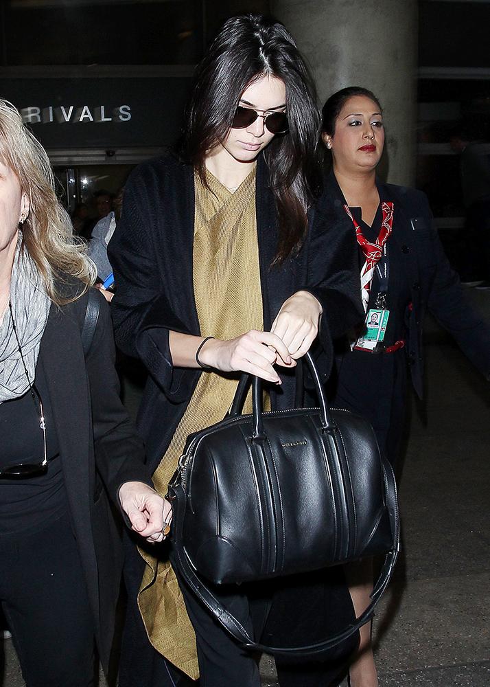 Kendall-Jenner-Givenchy-Lucrezia-bag