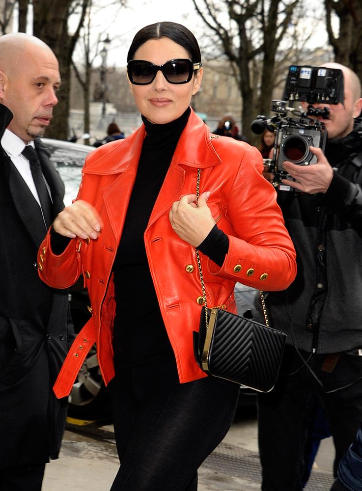 Monica-Bellucci-Chanel-Chevron-Frame-Shoulder-Bag