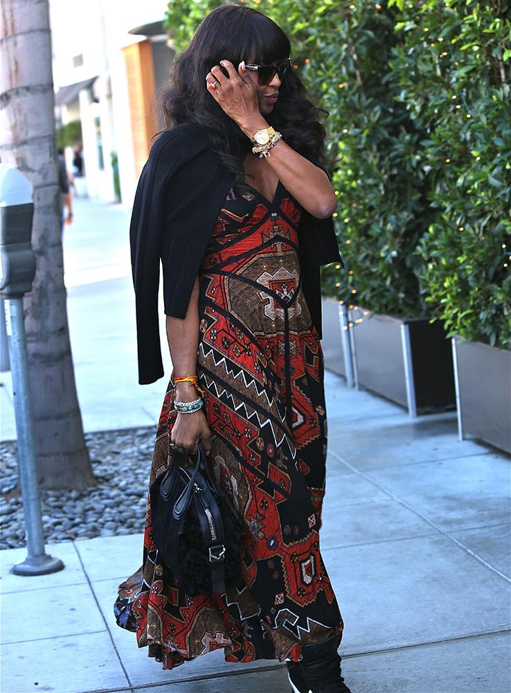 Naomi-Campbell-Givenchy-Nightingale-Bag