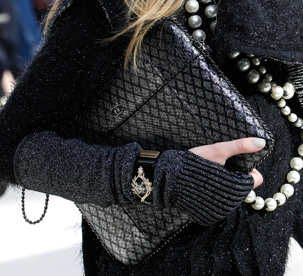 Chanel-Fall-2016-Bags-7