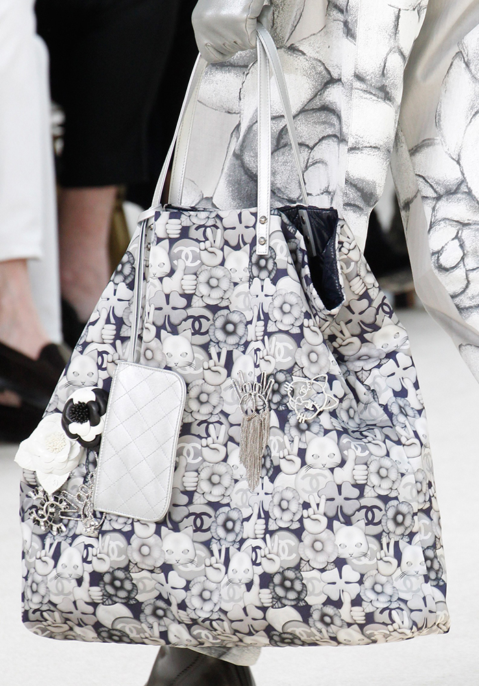 Chanel-Fall-2016-Bags-8