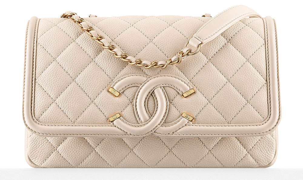 acf9dd5e3f5c 50 Bags And S From Chanel Travel Themed Spring 2016
