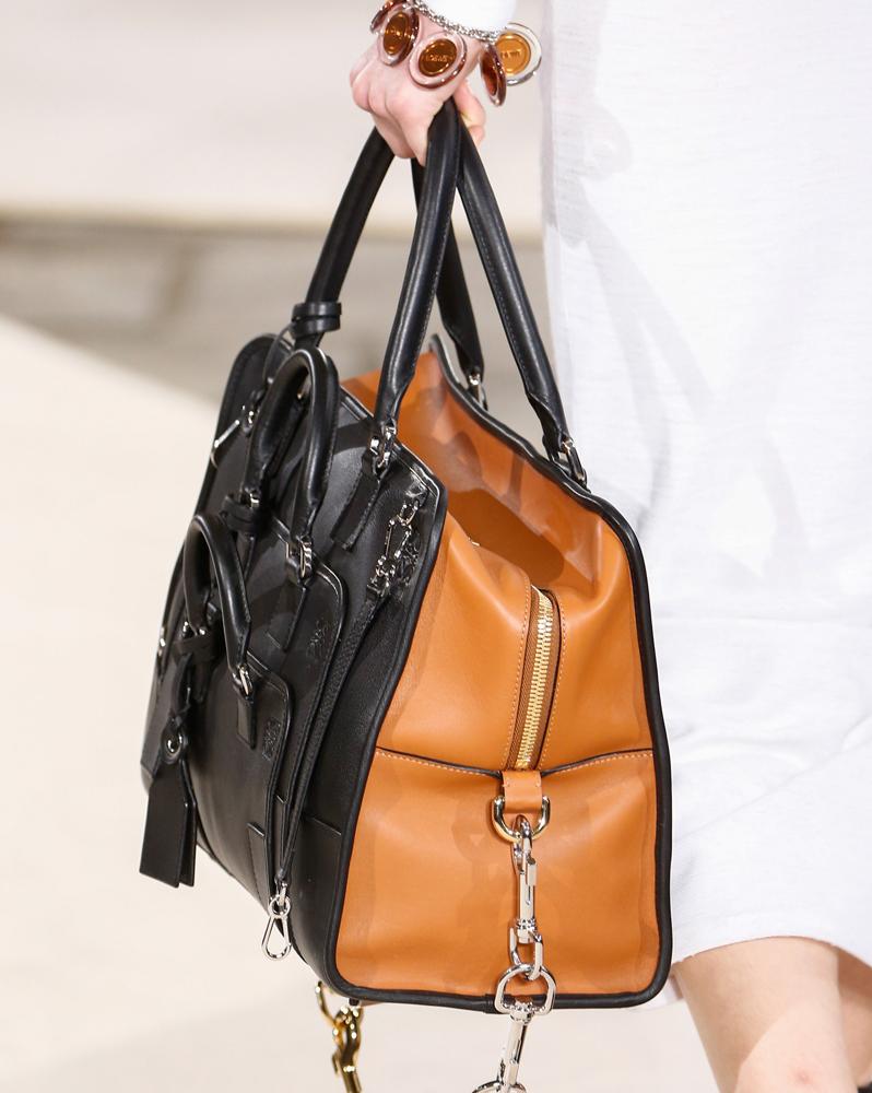 Loewe-Fall-2016-Bags-17