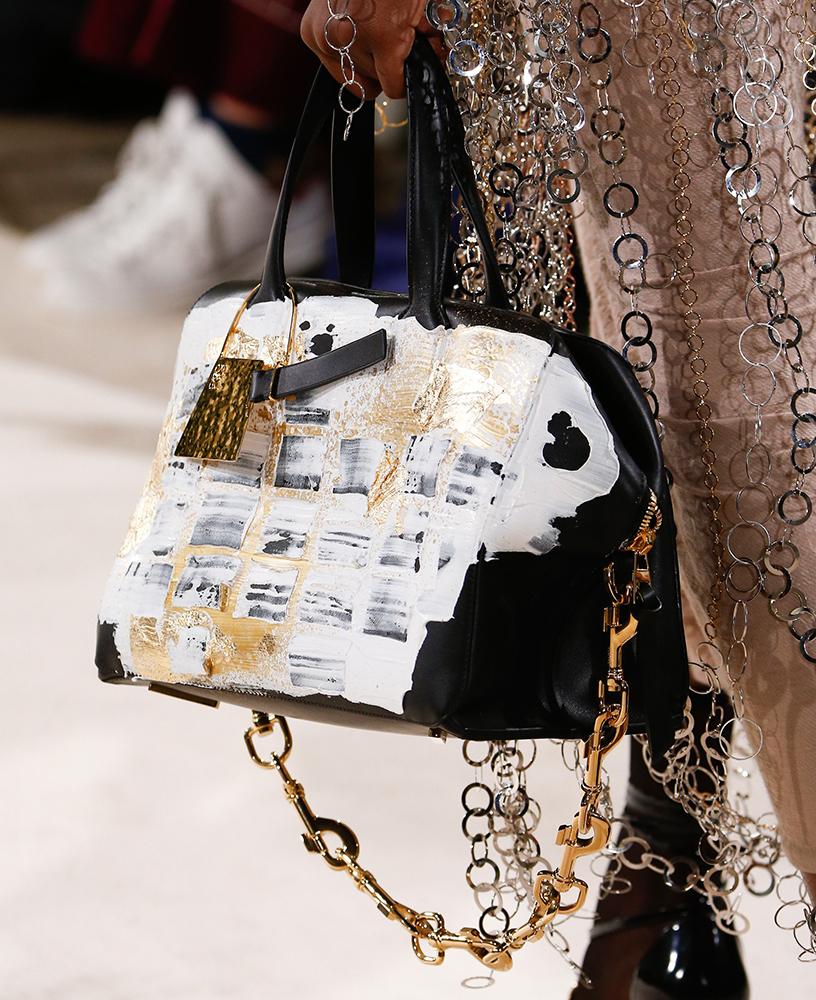 Loewe-Fall-2016-Bags-2