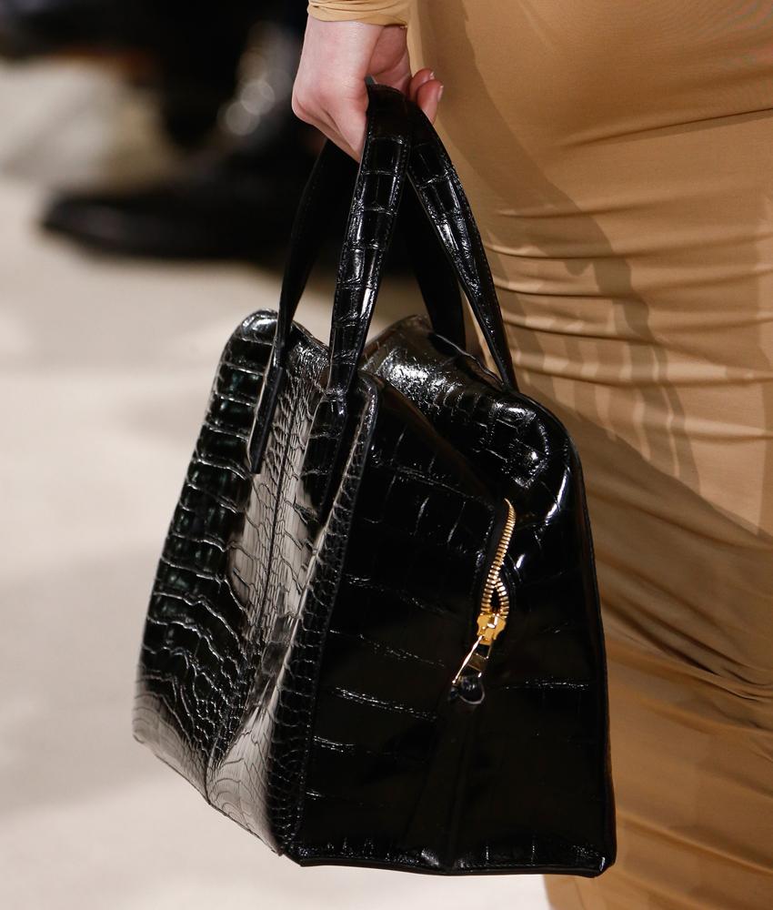 Loewe-Fall-2016-Bags-24