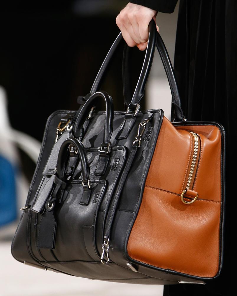 Loewe-Fall-2016-Bags-28