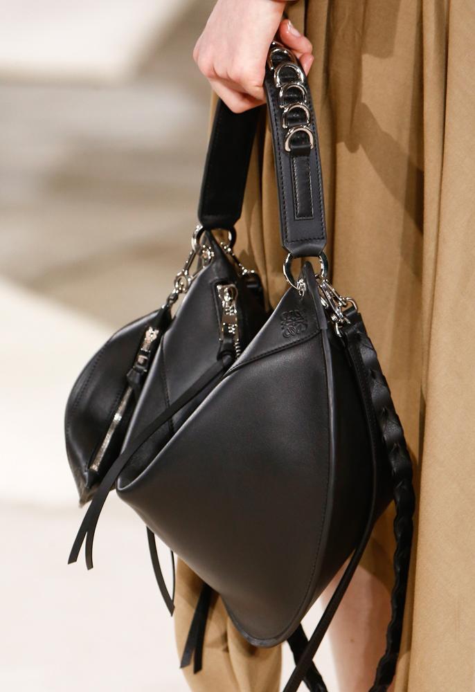 Loewe-Fall-2016-Bags-9