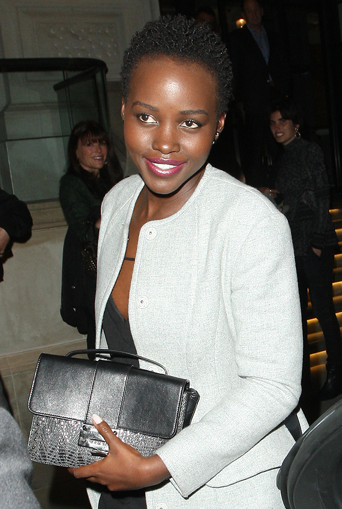 Lupita-Nyongo-Jimmy-Choo-Rebel-Lizard-Mini-Bag