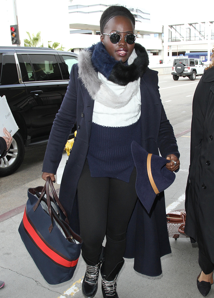 Lupita-Nyongo-Navy-and-Red-Tote