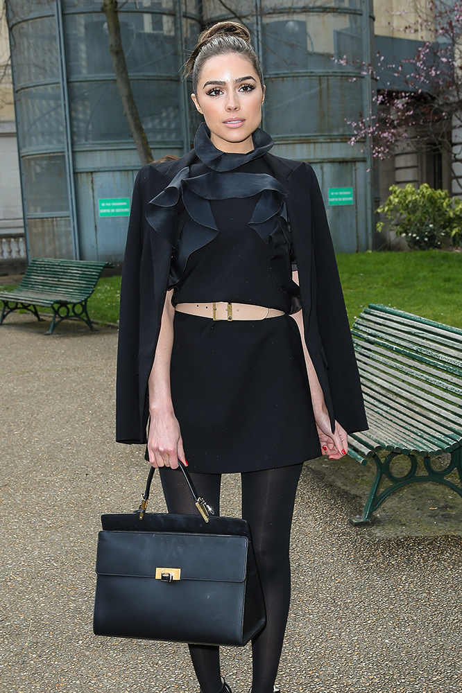 Olivia-Culpo-Balenciaga-Le-Dix-Cartable-Bag